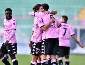 at home end half time palermo