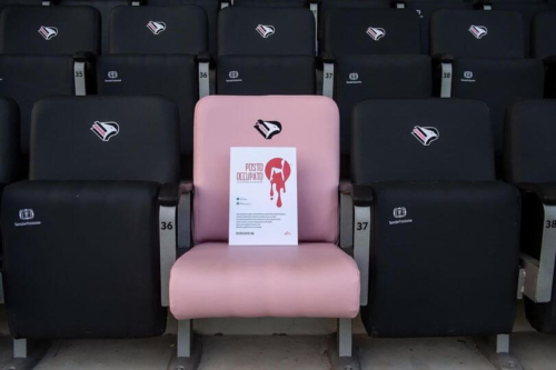 respect women day 2020 rosa seat