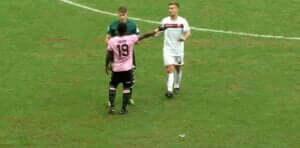 Ojer yellow card