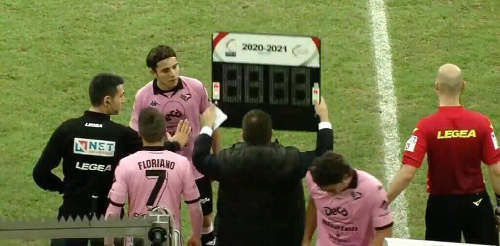 weird match Palermo changes