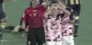 Red card Palermo Buttaro JSTPAL